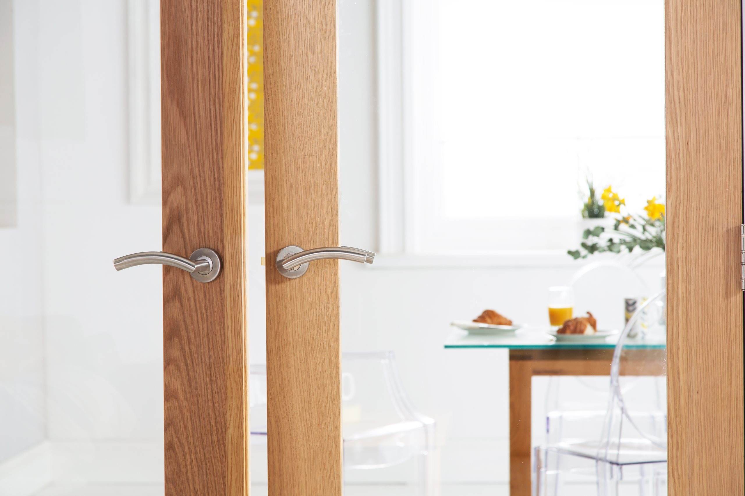 How to Fit a Pair of Interior Doors
